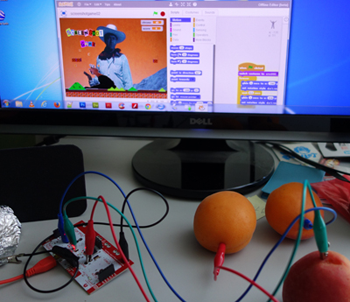 makey-controlleur-scratch-jeu-exemple-cours-arnaud-perennes